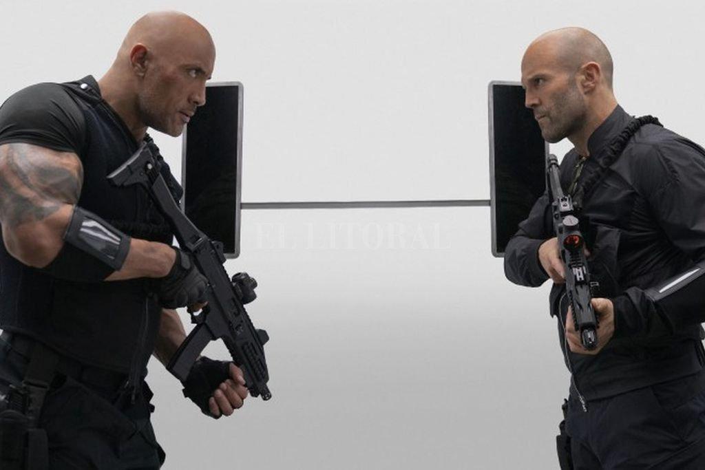 """Luke Hobbs (Dwayne """"The Rock"""" Johnson y Shaw (Jason Statham) tendrán que unir fuerzas contra un enemigo sobrehumano. <strong>Foto:</strong> Gentileza Universal Pictures"""