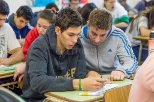 En Santa Fe la tasa de escolarización secundaria aumentó a 85%