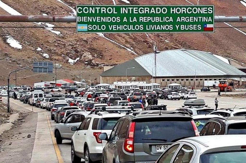 Gendarmería Nacional informó este miércoles de la detención de Kenig, que regresó al país en un micro de pasajeros por el paso fronterizo Los Horcones. Crédito: Captura digital