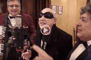 """Los Palmeras y La Mosca cantan """"La Chola"""""""