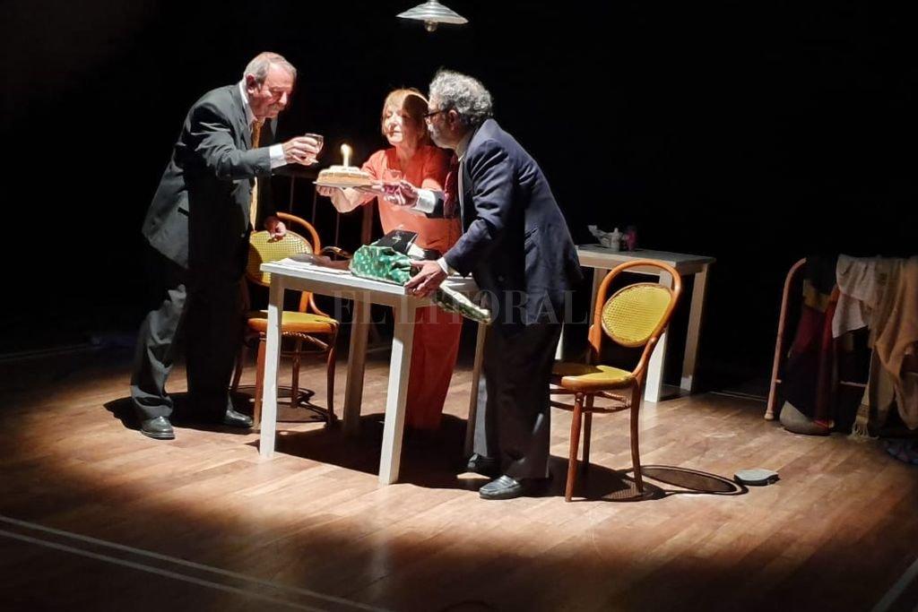 Martínez, Broggi y Fankhauser llevan a la escena un lenguaje teatral compartido desde hace décadas. Crédito: Gentileza producción