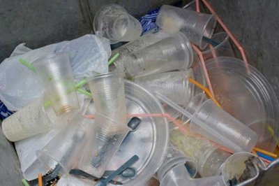 Un estudio revela que respiramos microplásticos que provienen de donde menos te imaginas