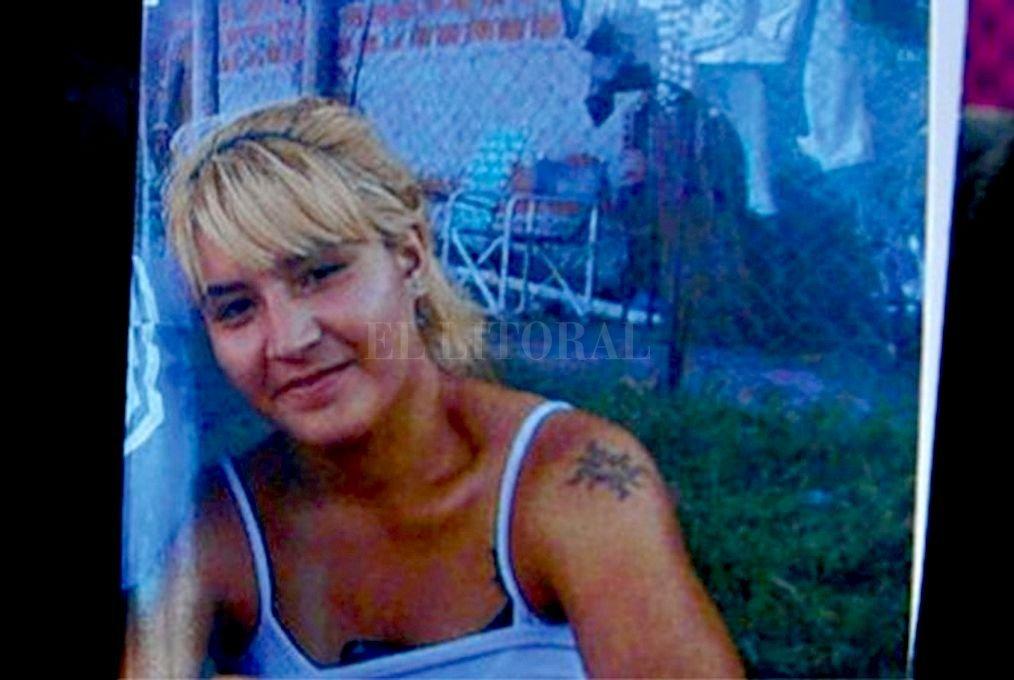 Walter Santos Gómez (35) quiso hacer pasar por suicido la muerte Daiana Armanino (23), pero el relato de la hija de la mujer, que fue testigo del hecho, reveló que se trató de un femicidio. Crédito: Captura digital