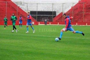 Los titulares de Unión  empataron con Sarmiento
