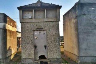 Vandalizaron panteones en el Cementerio Municipal de San Salvador