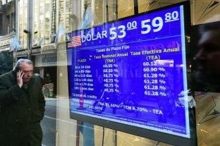 El dólar moderó la suba y cerró a $ 58,33