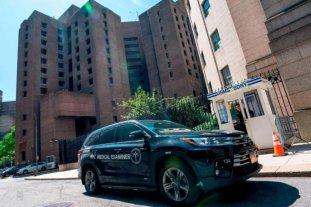 Caso Epstein: reemplazan al director de la prisión donde se suicidó el millonario