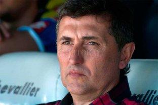 """""""Si salíamos a jugar mano a mano no llegábamos"""", admitió el técnico de Almagro"""