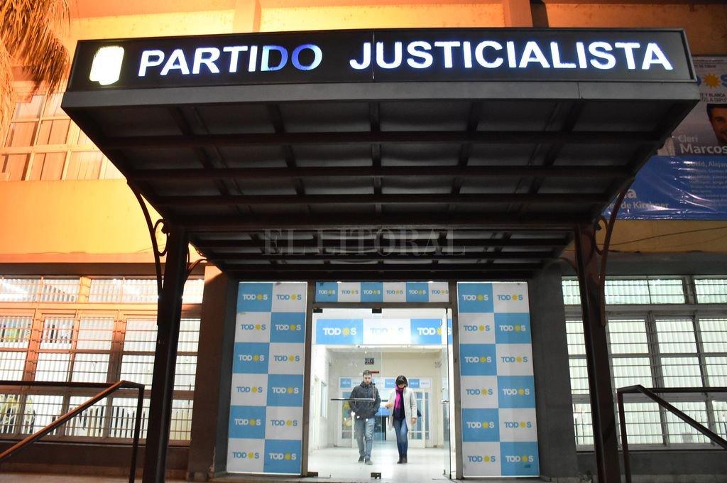 La sede del Partido Justicialista de Santa Fe. <strong>Foto:</strong> Manuel Fabatía