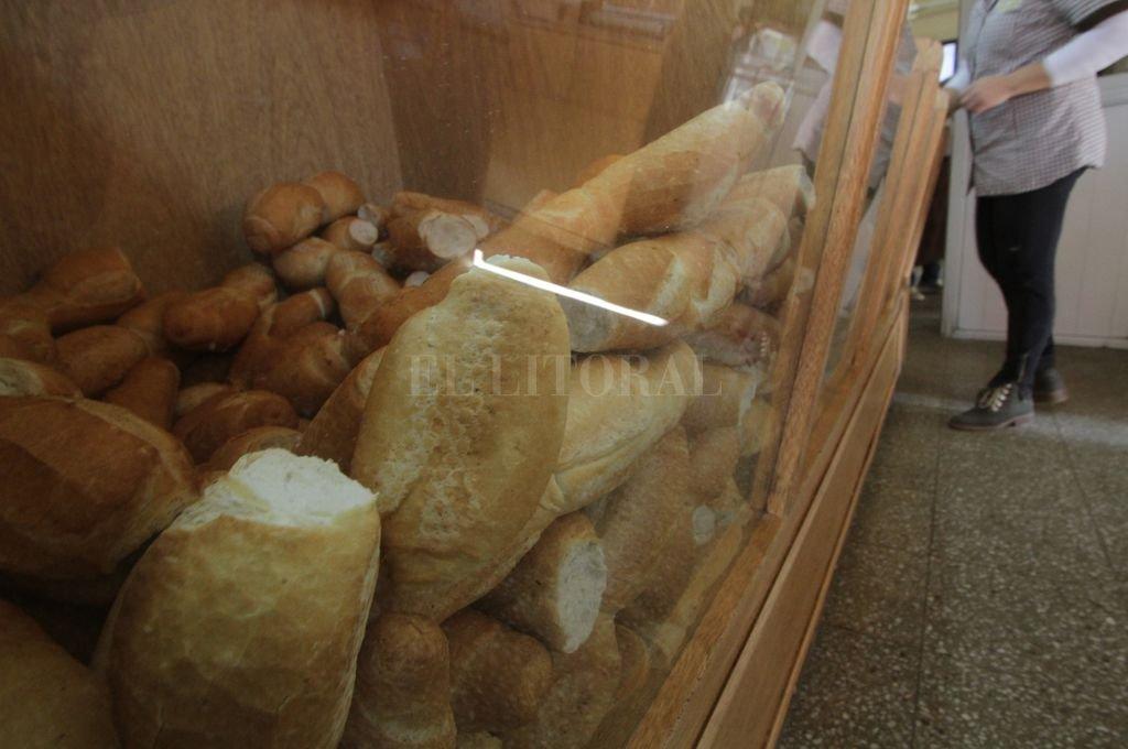 Entre $78 y $88. Esos serían los precios del kilo de pan que comenzaron a regir desde este jueves. Crédito: Mauricio Garín