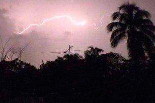 Cinco muertos por el impacto de un rayo en una playa en Cuba