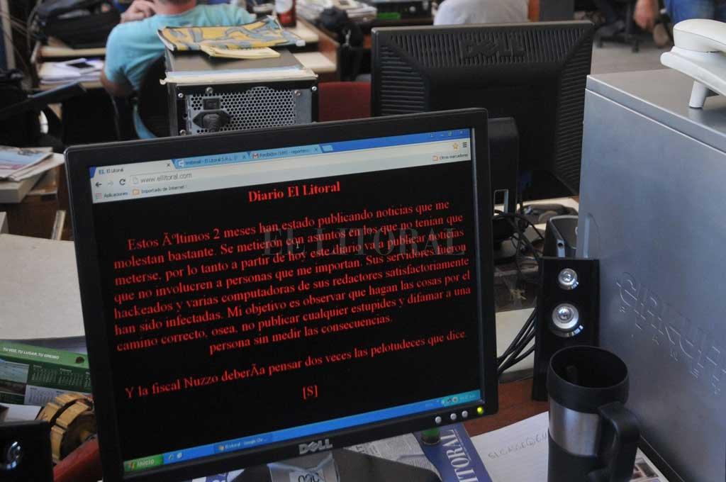 27 de marzo a las 10.38, se vio este mensaje en la home de la web de El Litoral. Crédito: Archivo El Litoral