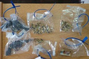 Detienen a una empleada judicial acusada de robar armas de una fiscalía para vendérselas a ladrones
