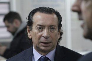 """El Gobierno calificó de """"irresponsable"""" a Redrado por decir que Macri """"ordenó"""" la suba del dólar -  -"""