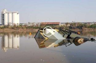 Detalles del hundimiento de la casa flotante en el Puerto de Santa Fe -