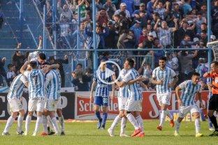 Atlético Tucumán logró una ajustada victoria ante Godoy Cruz -  -