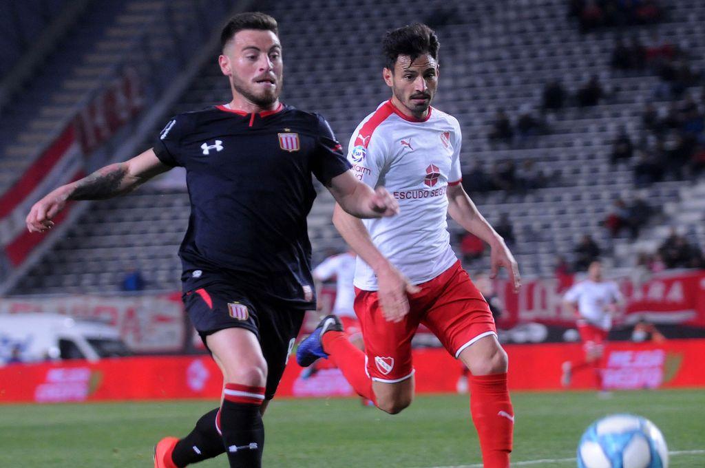 Estudiantes se aprovechó del mal momento de Independiente