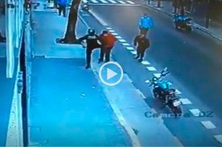 Video: Murió tras recibir una patada en el pecho de un policía -