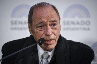 """Las drogas son """"un problema de salud que no se resuelve en el ámbito penal"""", dijo Zaffaroni"""