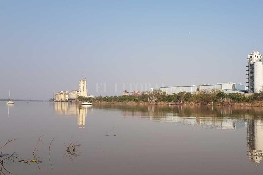 Continúa la bajante del río Paraná  -  -