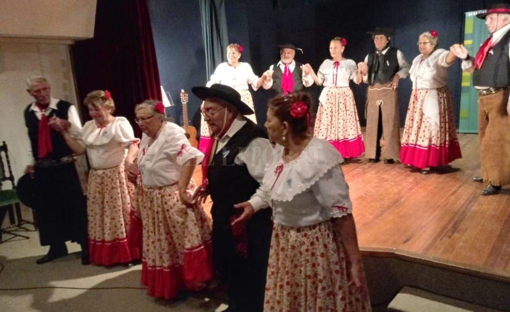 La actividad incluye danzas folclóricas, a cargo de distinas agrupaciones. Así se hizo en las ediciones anteriores. <strong>Foto:</strong> Gentileza Fundación Bica