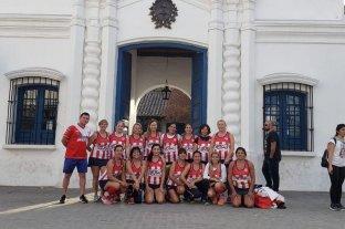 La Casita de Tucumán les quedó chica  - Gran rendimiento. El mostrado por las Mamis Hockey de Unión en el Nacional de Tucumán, en el cual finalizaron décimas entre 62 equipos. -