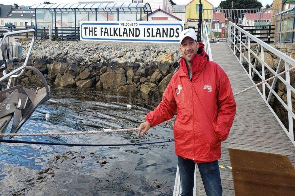 Oscar cumplió el sueño de pisar el suelo de Malvinas y sentir más cerca la historia.