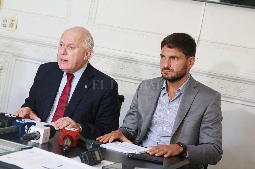 El decreto fue firmado por el gobernador Miguel Lifschitz y el ministro de Seguridad Maximiliano Pullaro. <strong>Foto:</strong> Archivo El Litoral