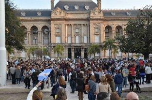 Marchas de apoyo en todo el país: Macri saludó desde el balcón de Casa Rosada