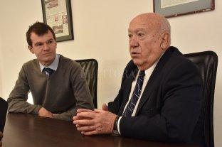 Jerárquicos cumple 25 años  - Juan José Sagardía, presidente, junto a Hernán Arenales, jefe de Comunicación de la mutual.  -