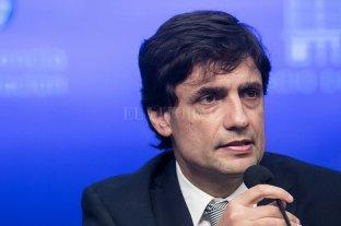 """Lacunza dijo que """"los ahorros de los argentinos están absolutamente disponibles"""""""