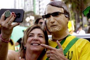 La desaprobación de Bolsonaro creció en seis meses del 28,2 al 53,7%