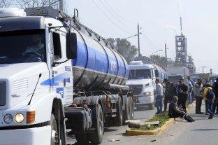 Combustibles: ante denuncias de desabastecimiento, el gobierno inició reuniones con refinadoras