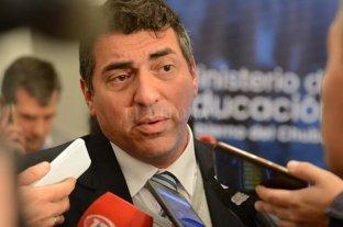"""Cortaron las """"rutas del petróleo"""" en Chubut y renunció el ministro de Educación"""