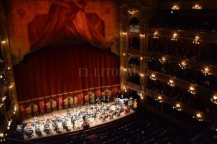 La Sinfónica santafesina, ovacionada en el Colón