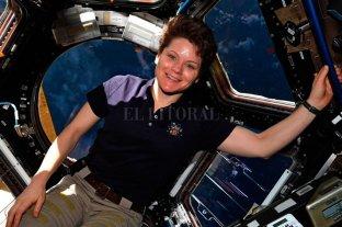 Qué dijo la astronauta acusada por su esposa de robarle mientras estaba en el espacio