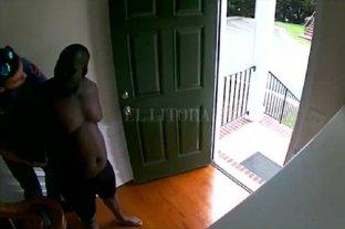 Escándalo en Estados Unidos: detuvieron al dueño de casa creyendo que era el ladrón