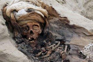 Encuentran restos de 250 niños sacrificados en Perú