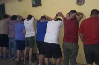 Detuvieron a once hinchas de Cerro Porteño por disturbios en el hotel donde se aloja River