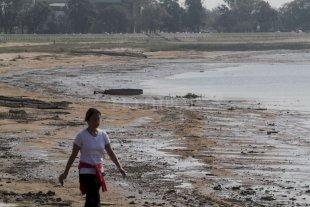 Advierten que en pocos días el Paraná descenderá por debajo de los 2 metros
