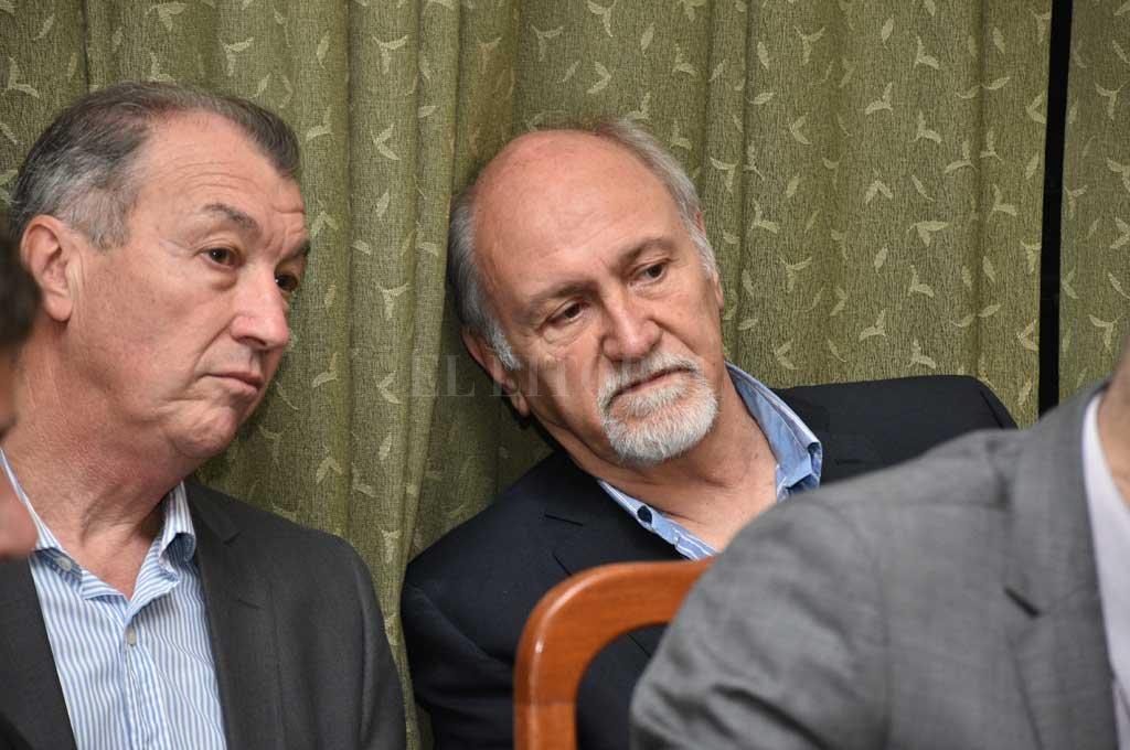 Los ingenieros Ricardo Fratti y Edgardo Berli, ex funcionarios de la gestión Reutemann, fueron condenados por estrago culposo por los hechos de abril de 2003. <strong>Foto:</strong> Flavio Raina