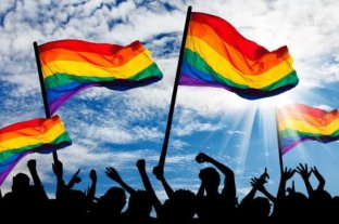 Histórico: el Censo 2020 incluirá al colectivo LGBTI+