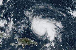 """Dorian se convertirá en """"gran huracán"""" en su camino hacia Florida"""