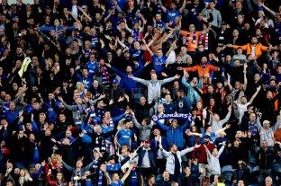 Multaron a un equipo escocés por cantos racistas