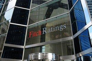 """Fitch rebaja a la deuda argentina a la calificación """"default restringido"""""""
