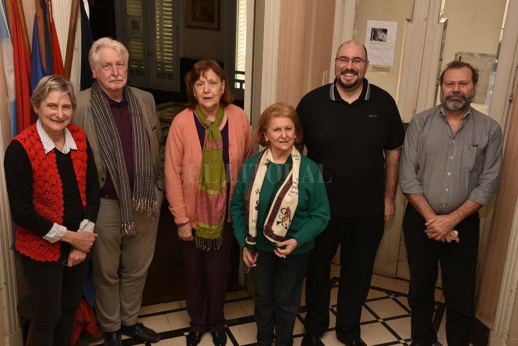 De izquierda a derecha: Ruth Schneider, Hartmut Frank, Lucía Odetti, Alejandrina Argüelles, Andrés Ferratto y Luis Müller. <strong>Foto:</strong> Gentileza organizadores