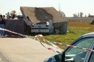 Un hombre murió al estrellar su auto contra una garita en la Autovía 19