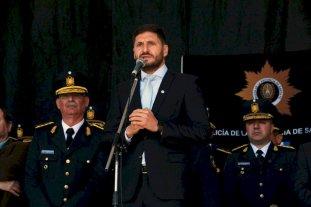 Pullaro encabezó el acto por el 155º aniversario de la policía de Santa Fe