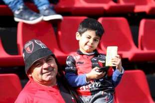 Fotos: La previa de los hinchas en Colón vs Central