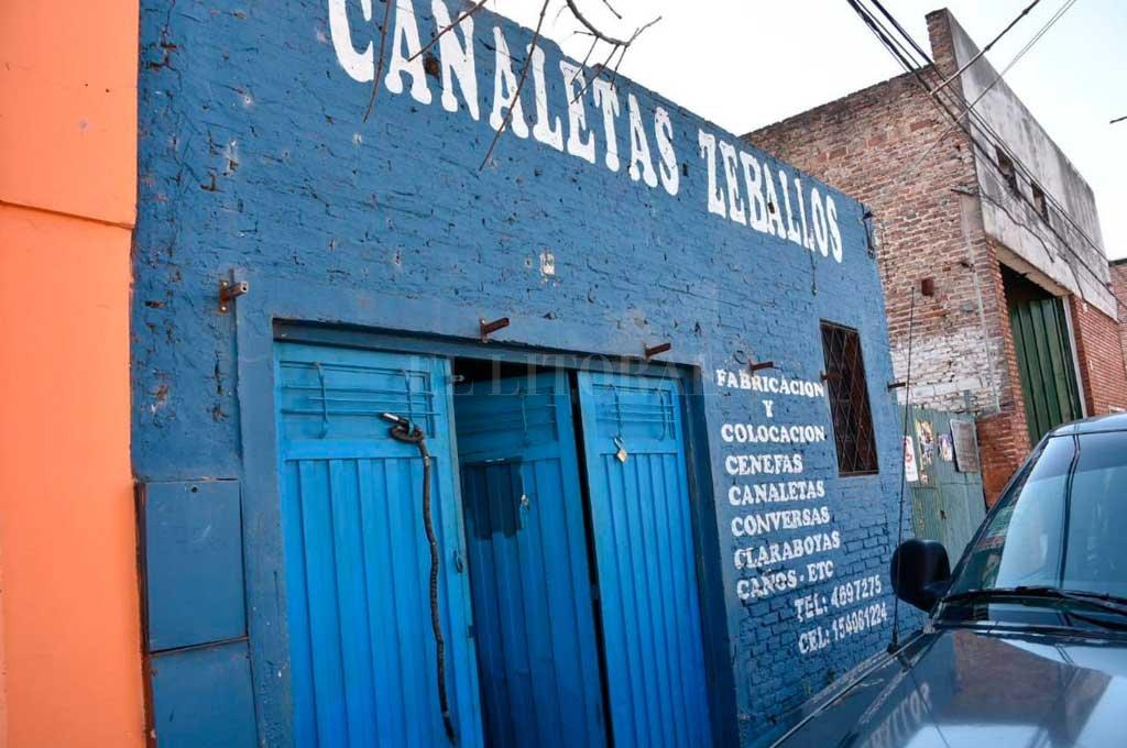Por tercera vez en el año, delincuentes atacaron el taller ubicado en Estanislao Zeballos al 2700 <strong>Foto:</strong> Flavio Raina